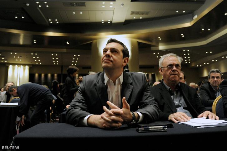 Alexisz Ciprasz és Giannisz Dragaszakisz a tárgyalásokon