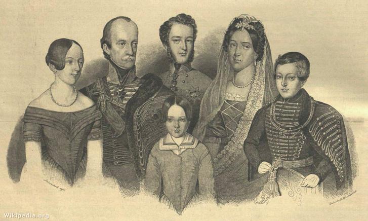 József nádor harmadik felesége és gyermekei. Az ifjú István főherceg, középen.