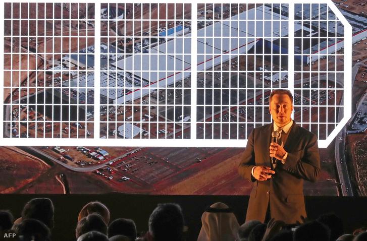 Elon Musk a Tesla dubai eseményén