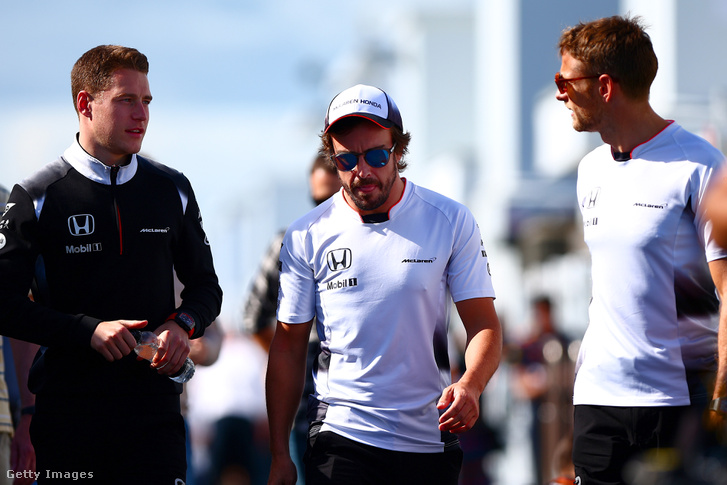 Stoffel Vandoorne, Fernando Alonso és Jenson Button