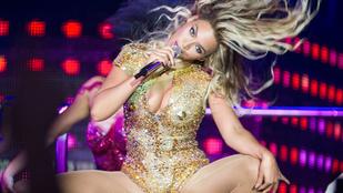 Kínos: Santana beszólt Beyoncénak majd nyilvánosan bocsánatot kért