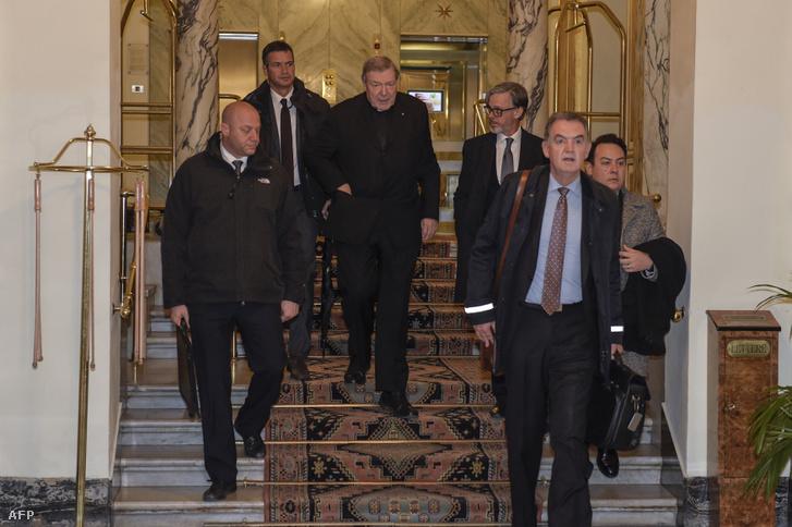 A Vatikán gazdasági vezetője, miután videokonferencián egyeztetett ausztrál egyházi vezetőkkel.