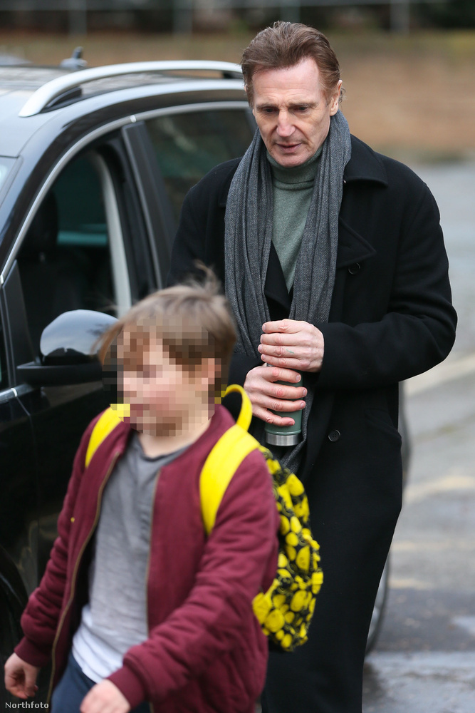 Az Igazából szerelem (eredeti címén Love Actually) 2003-ban került a mozikba Richard Curtis rendezésében, számos neves brit színész - többek között Keira Knightley, Colin Firth, Hugh Grant és Liam Neeson főszereplésével