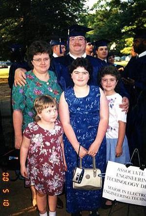 Az itt még boldog Cope-család