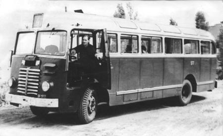 Az Ikarus 30-as típus kis befogadóképessége miatt nem vált be a fővárosban.