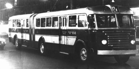 A házilag csuklósított Ikarus 60-as típus volt Budapest első csuklós autóbusza