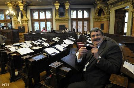 Weiszt János 2009. december 17-én a Fővárosi Közgyűlésen, mint megfigyelő (Fotó: Kovács Attila)