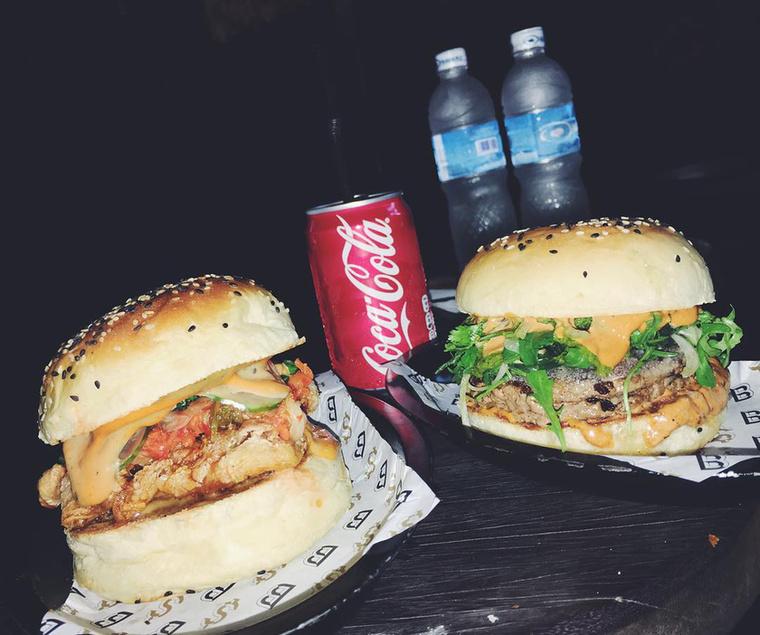 A celebnő főleg a hamburger-készletekre mér tekintélyes csapásokat.