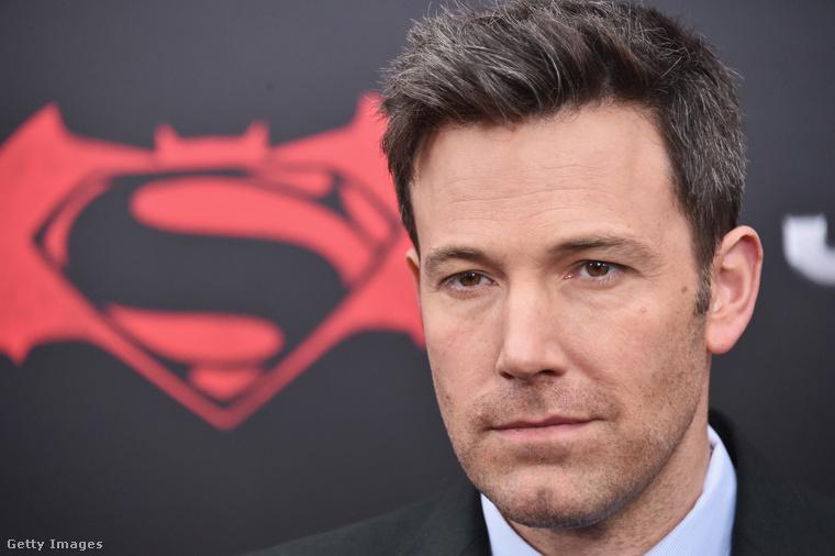 Ráadásul nemrég derült ki, hogy azúj Batman filmből is ki akar szállni