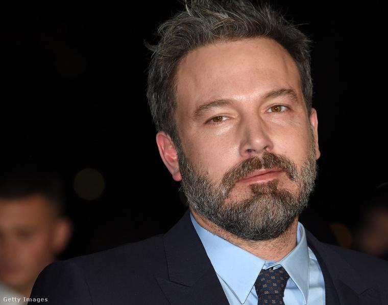 Szóval nem igazán tudunk mit mondani a magyar keresztnévvel is bíró színésznek, minthogy: fel a fejjel!