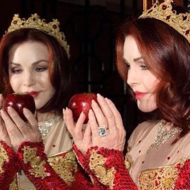 Jól látják, játszotta a gonosz királynőt, a Hófehérke és a hét törpében