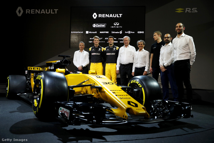 A pilóták és a menedzsment, aminek tagja Alain Prost is, különleges tanácsadóként