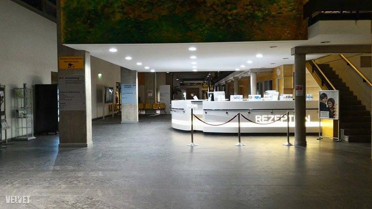 Kórházi aula és recepció a németországi Meissenben.