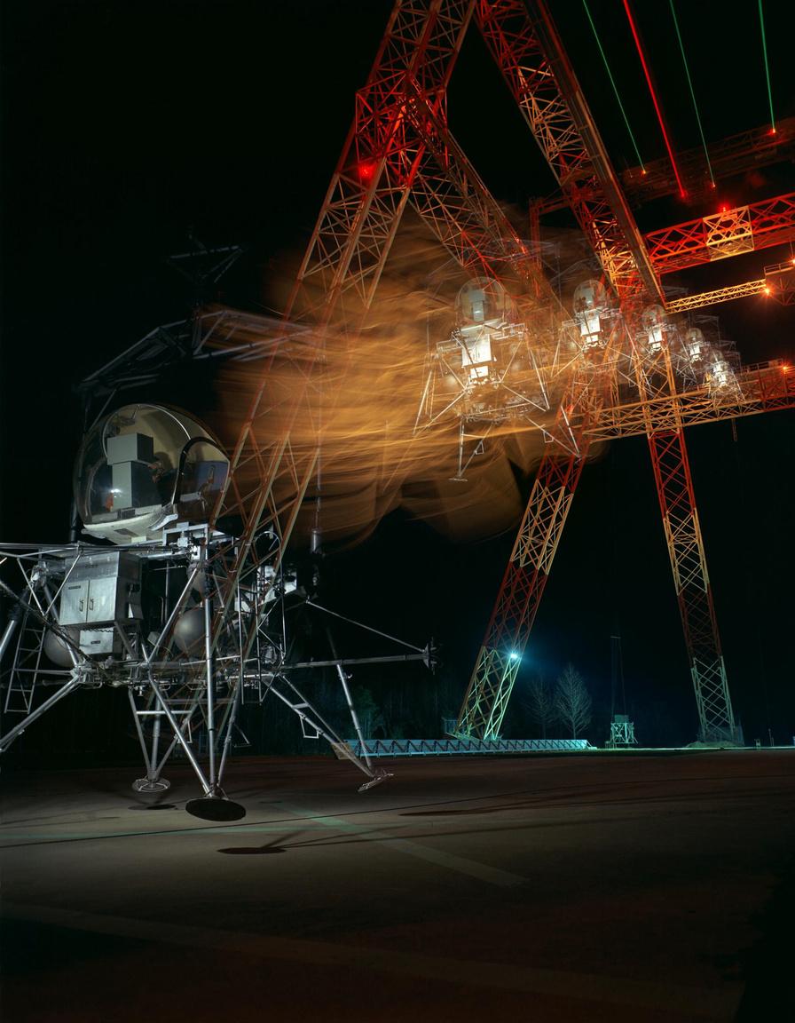 1967: éjszakai holdraszállás-gyakorlat.