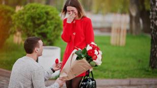 Szakítás helyett véletlenül megkérte a párja kezét, egy másik nőnek szánt gyűrűvel