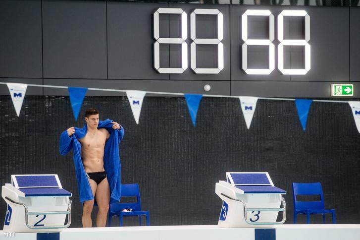 Gyurta Dániel olimpiai bajnok úszó a Duna Arénában a nyári vizes világbajnokság központi létesítményében a helyszínbejárás napján 2017. február 21-én.