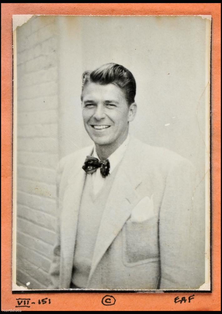 Íme az ifjú Ronald Reagan.                         Az USA 40