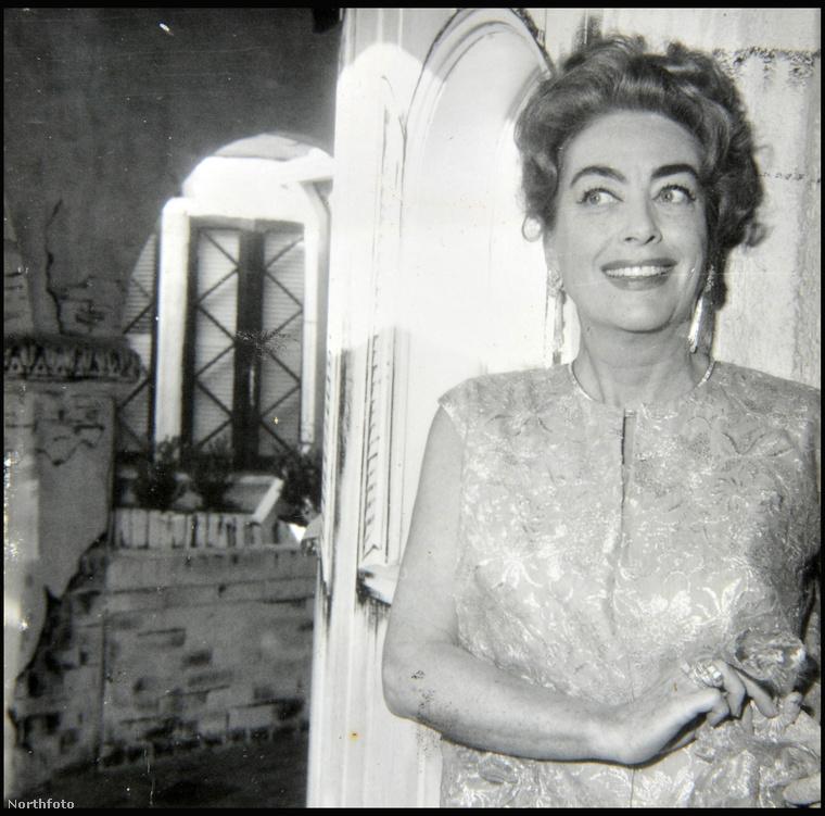 Ő pedig Joan Crawford, a hangos korszak első évtizedének egyik legismertebb csillaga