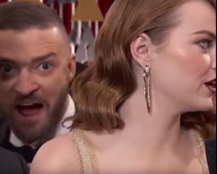 """""""A saját feleségét bárki tudja photobombolni, nagyobb kihívás után kell néznem"""" - gondolhatta az énekes, mikor - a most már Oscar-díjas  - Emma Stone vörös szőnyeges interjújába mászott bele."""