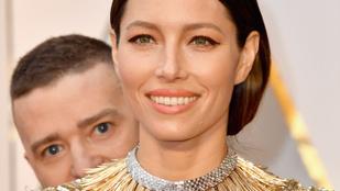 Justin Timberlake széttrollkodta a feleségét és a vörös szőnyeget