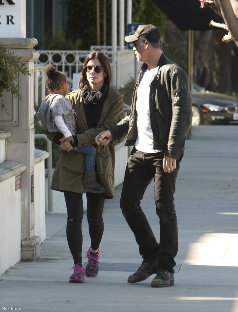Hát így sétálgattak ők hármasban, Kalforniában, ami maga La La Land!Viszlát!