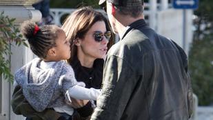 Sandra Bullockról és családjáról ritkán látunk képet, hát most de!