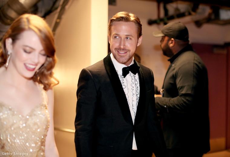 Mint bizonyára rájöttek, Gosling azóta is szépen néz a színfalak mögött.