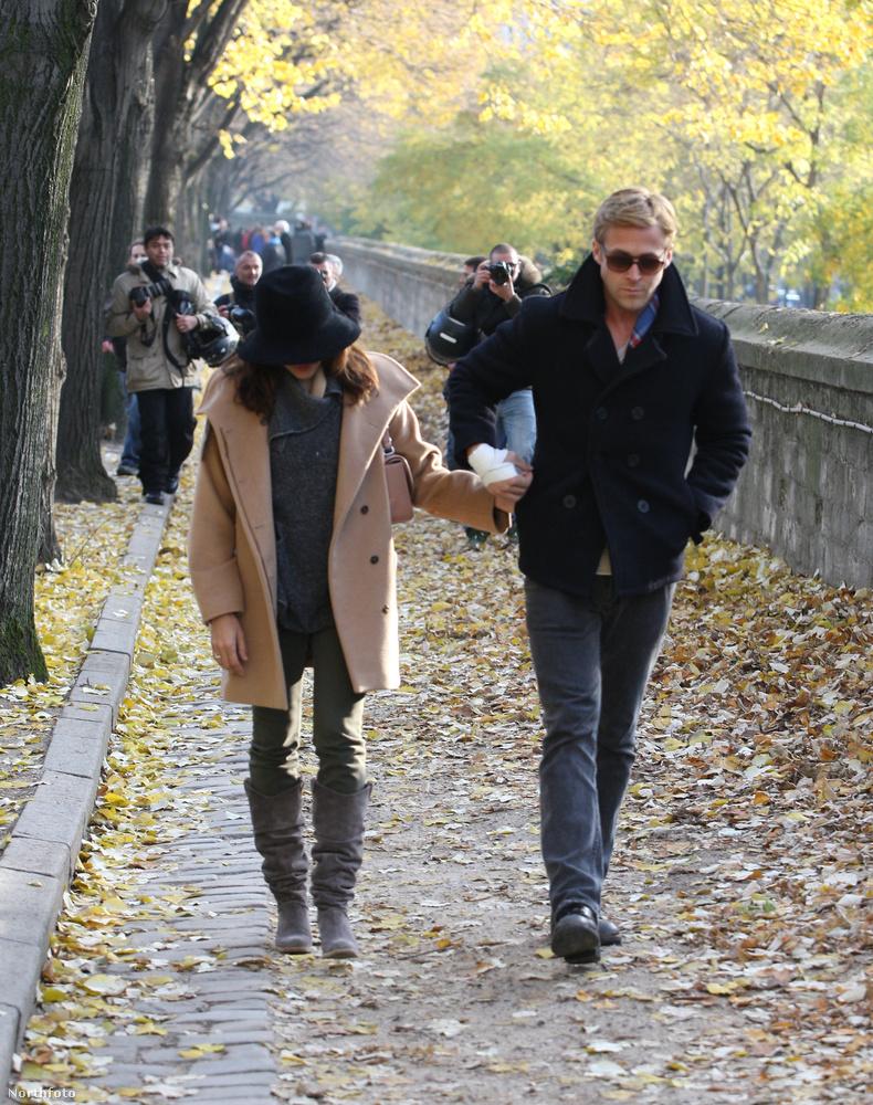 Párizsban tudnak romantikusan andalogni...