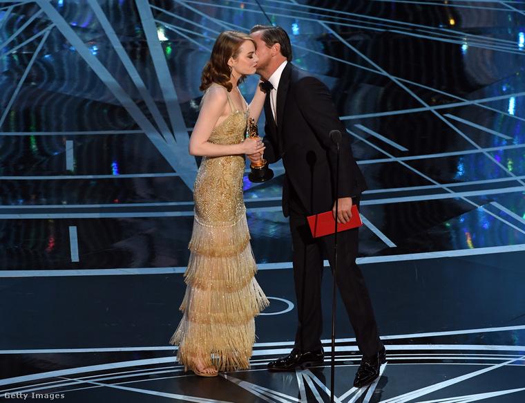 DiCaprio öröme teljesen őszinte lehetett, tavaly végre ő is megkapta a maga Oscarját.