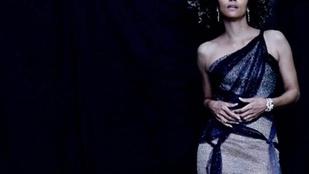 Halle Berry meztelenül csobbant az Oscar-gála után