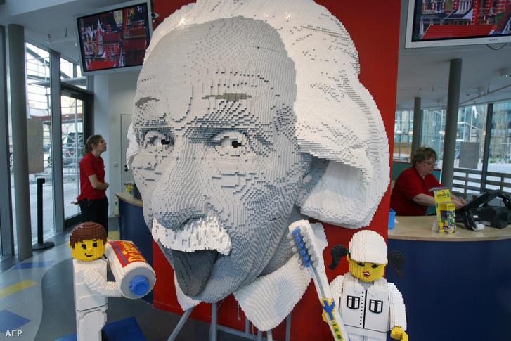 Albert Einstein a berlini Legolandban