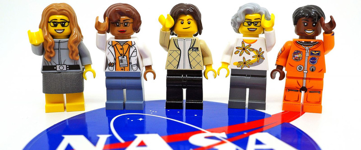 HT-lego-nasa-ladies-01-jef-170228 12x5 1600