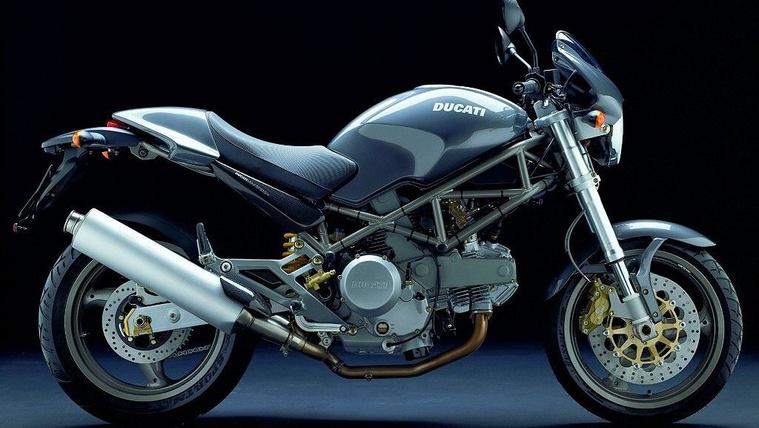 Ducati Monster 620S ie 2002
