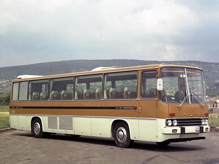 Az 1969-ben, Nizzában ezüstérmet nyert, légkondicionált Ikarus 250-es