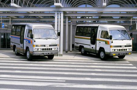 Az Ikarus 506-os minibuszból 1988 és 1991 között 900 darabot szereltek össze a General Motors egyiptomi üzemében a magyar gyár által szállított elemekből. Az ingataxiként használt 14 személyes kisbusz gyakori látvány volt a kairói forgalomban
