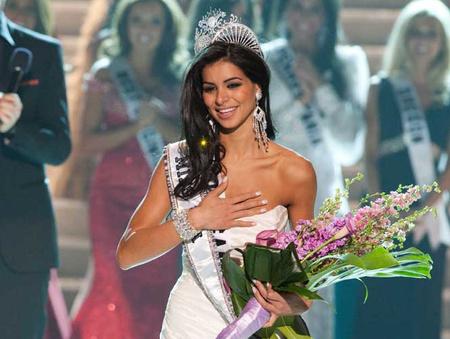 A muszlim-keresztény Miss USA