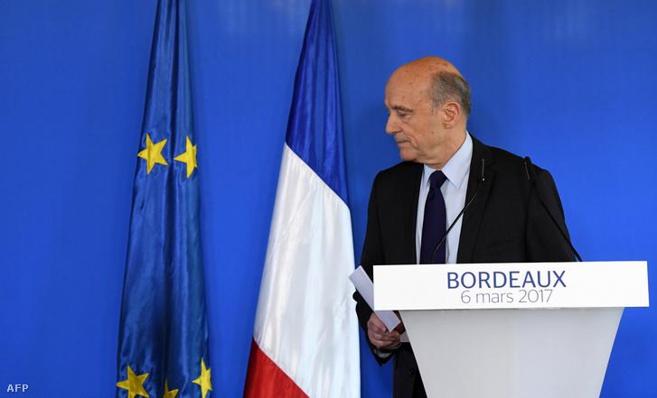 Alain Juppé távozik a 2017. március 6-i sajtótájékoztatóról