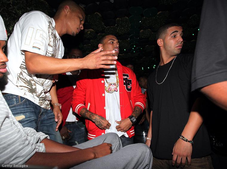 Összeállításunkat Drake-kel és Chris Brown-nal fejezzük be, akik nemes egyszerűséggel azért nem bírják egymás fejét, mert mindketten jártak, szakítottak, majd újra összejöttek Rihannával
