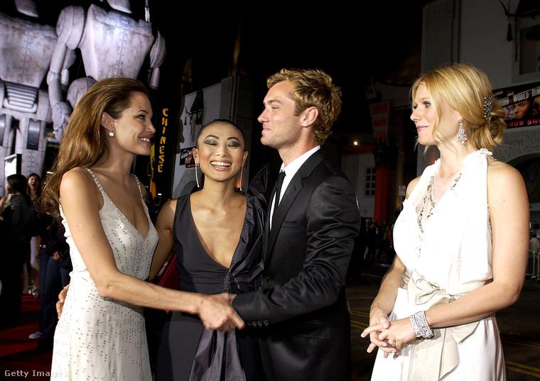 """""""Nekem sokkal nehezebb az életem, mint azoknak, akik átlagos munkát végeznek."""" - ezt egyszer Gwyneth Paltrow jelentette ki, amitől Angelina Jolie iszonyúan berágott, és azt reagálta rá, hogy ő ugyan nem egyedülálló anya (mondjuk már de), aki két munkát vállal egyszerre, hogy eltartsa a családját, mégis több segítséget kap az emberektől, mint egy átlagos nő"""