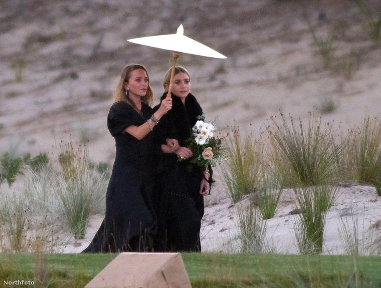 A következő fotókat nézve, jogosan feltételezheti, hogy Mary-Kate és Ashley Olsent szörnyű csapás érte,