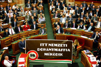 parlament botrany pm