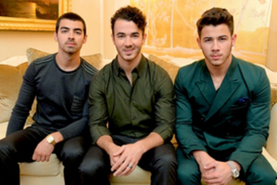 jonas brothers lead