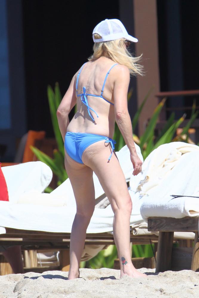 Locklear most épp Hawaii-on nyaral volt férjével, Richie Samborával és lányukkal, Avával