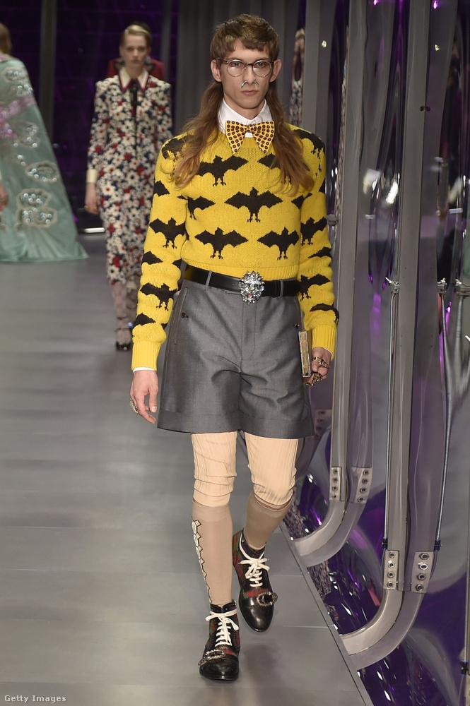 A Gucci a srácoknak most nagyon ajánlja a '80-as éveket parodizáló frizurát, és elsősorban az orrlyukból kilógó szarvacskákat