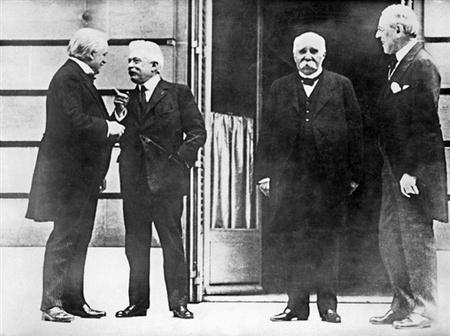 Lloyd George, Vittorio Orlando, Georges Clémenceau és Woodrow Wilson 1919-ben a párizsi béketárgyalások idején