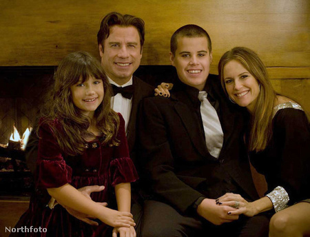 Ella, John, Jett Travolta és Kelly Preston