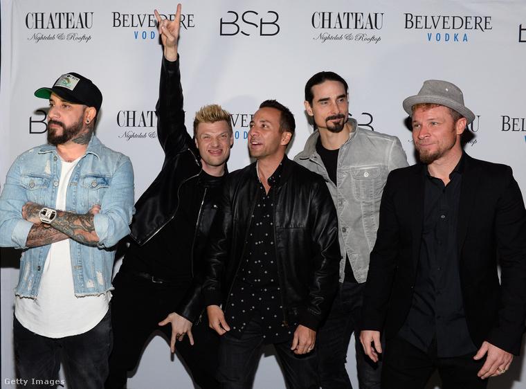 Az újjáalakult Backstreet Boys 2017 márciusában, az ördögvillázó Nick Carterrel.