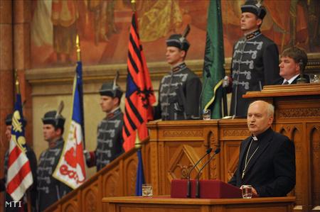 Német László nagybecskereki megyéspüspök