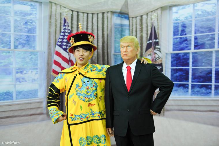 Tudjuk, hogy érdekes a dél-koreai úr a nyomorultul elkészített Donald Trump mellett, de most érdemes inkább az utóbb említettre fókuszálni