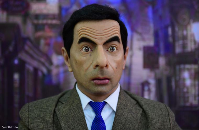 A kínosan elrontott Rowan Atkinson addig is arra vágyódik, hogy ne ő legyen a kínosan elrontott Rowan Atkinson